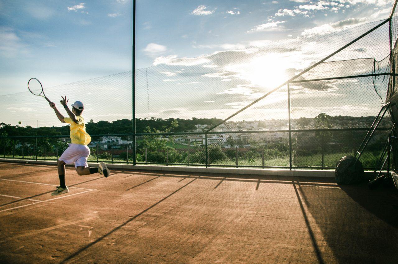 crédit image creative common : https://www.pexels.com/fr-fr/photo/action-amusement-arbres-athlete-342361/